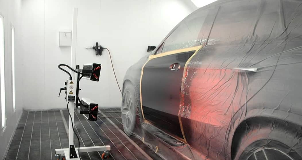 watch the process of how an infrared curing lamp is used