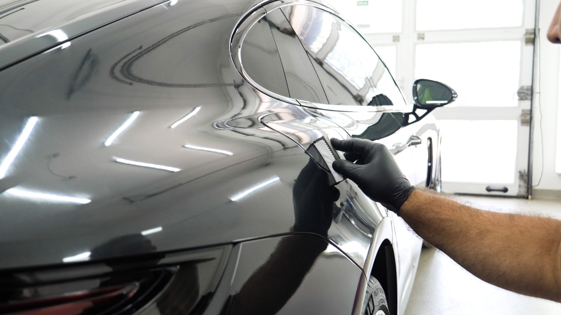 the process of applying ceramic coating to a vehicle